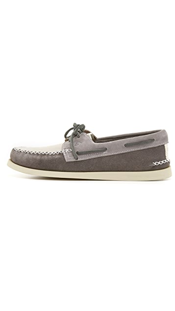 Sperry A/O 2-Eye Wedge Suede Boat Shoes