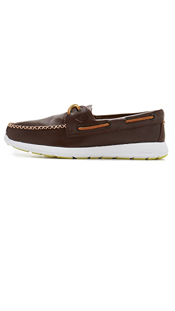 Sperry Paul Sperry Sojourn 2 Eye Leather Boat Shoes