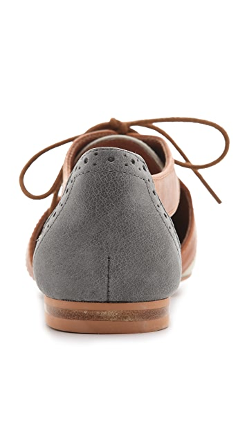 Steven Caril Oxfords