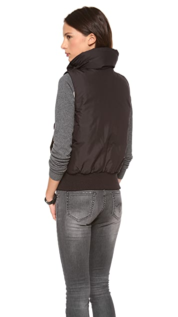 Theory Kailey Vest