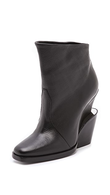 Theyskens' Theory Aova Metal Detail Booties