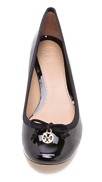 Tory Burch Chelsea Low Pumps