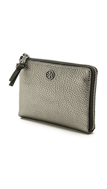 Tory Burch Robinson Pebble Wristlet