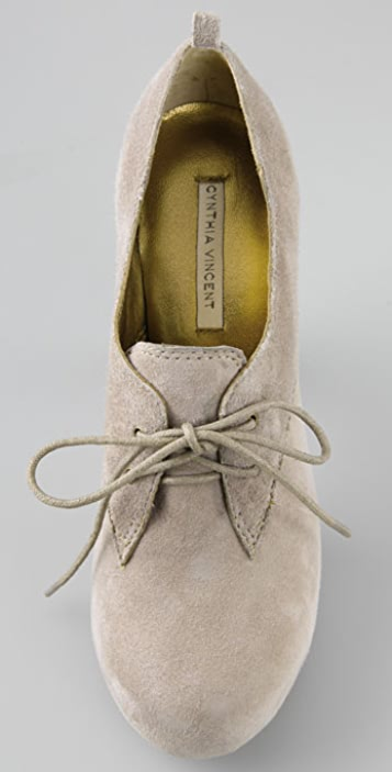 Twelfth St. by Cynthia Vincent Dayton Suede Oxford Pumps