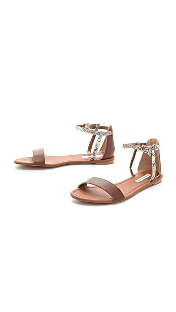 Twelfth St. by Cynthia Vincent Frida Flat Sandals