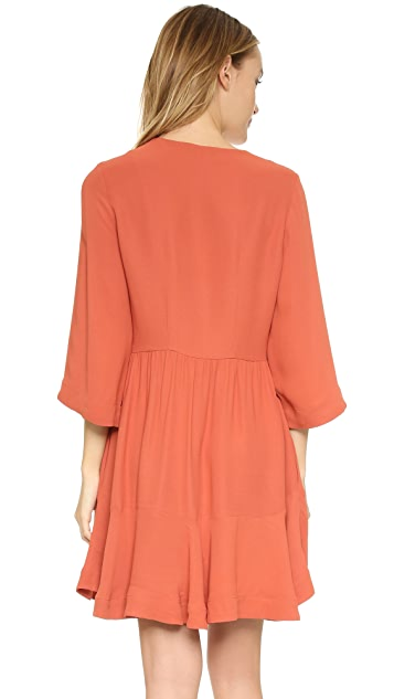 Twelfth St. by Cynthia Vincent Bell Sleeve Embroidered Dress