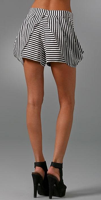 Twinkle Falling Shorts