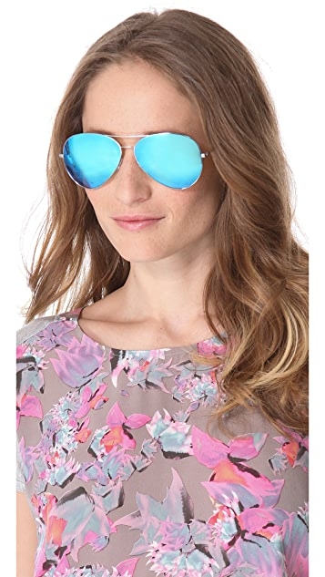 Victoria Beckham Classic Aviator Sunglasses with Mirrored Lenses