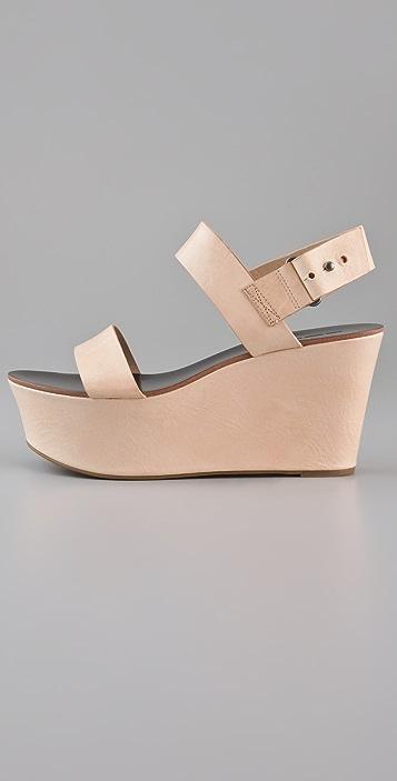 Vera Wang Taryn Platform Sandals