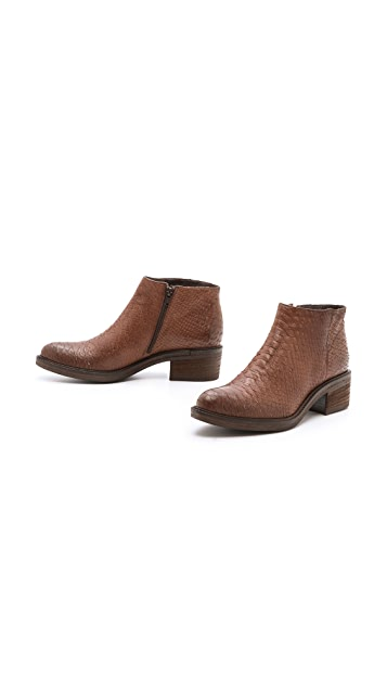 Vic Italy Ankle Booties