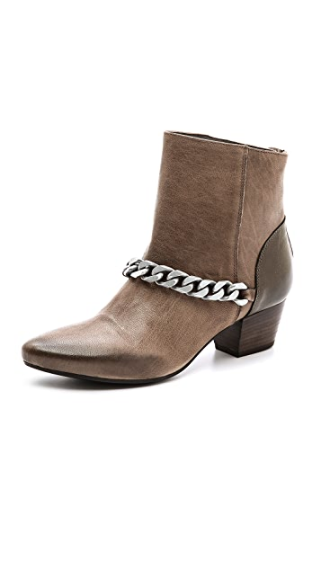 Vic Italy Chain Booties