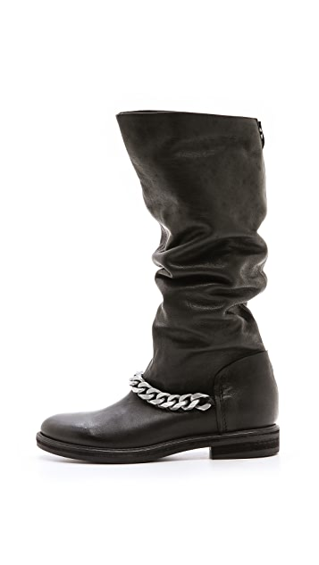 Vic Italy Chain Boots