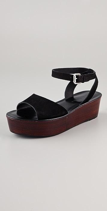 Pour La Victoire Ciara Flatform Sandals