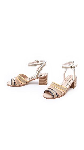Pour La Victoire Rylie Sandals