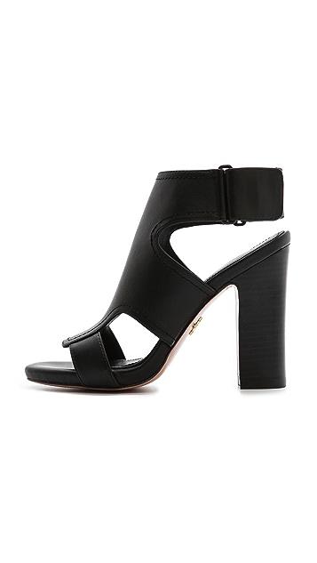 Pour La Victoire Echo Cutout Sandals