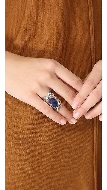 Vanessa Mooney Awaits The Heart Ring