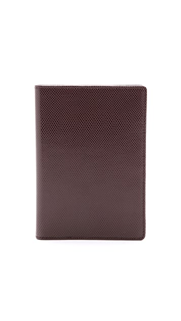 WANT Les Essentiels Pearson Passport Cover