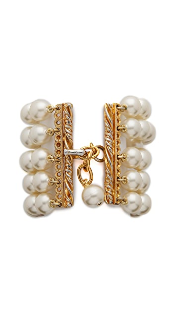 What Goes Around Comes Around Chanel Imitation Pearl Bracelet (Previously Owned)