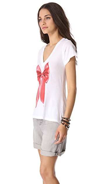 Wildfox Classic V Neck Tee with Shiny Bow