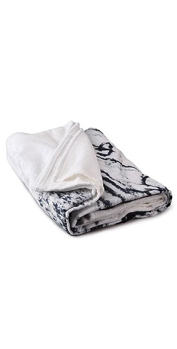 WOW! Elizabeth Peyton Double Beach Towel
