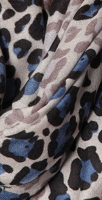 YARNZ Faded Leopard Scarf