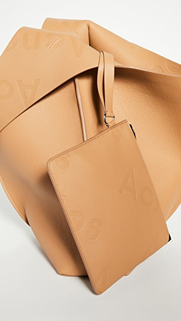 Acne Studios Объемная сумка с короткими ручками Adrienne