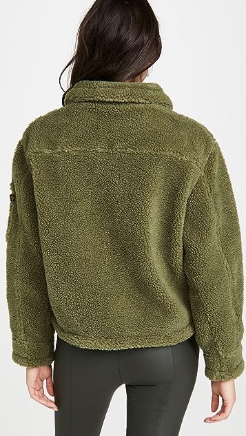 Alpha Industries 短款仿羊羔绒实用夹克