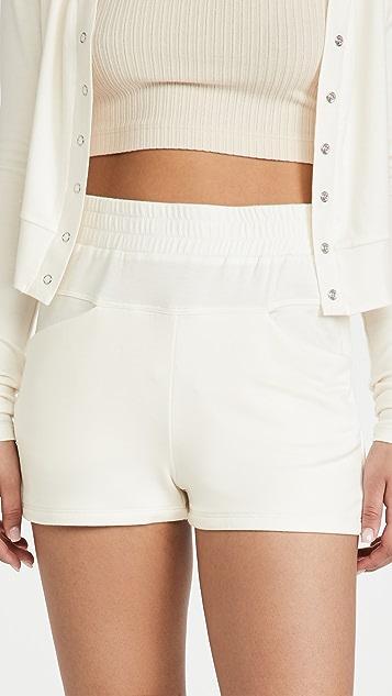 ALALA Plie 短裤