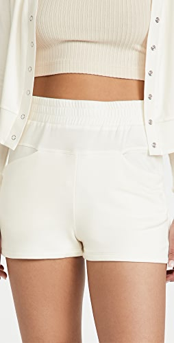 ALALA - Plie Shorts