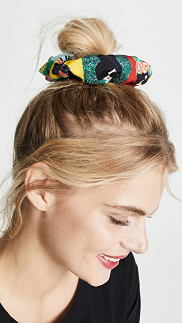 alice + olivia Cher Staceface Scrunchie