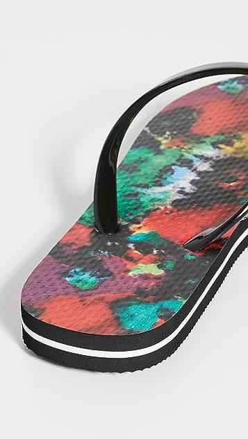 alice + olivia Eva 42 Flip Flops