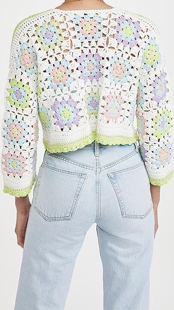 alice + olivia Anderson 短款宽松钩针编织系扣衫