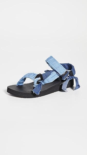 Arizona Love Trekky Fabric Sandals
