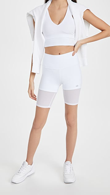 Alo Yoga Lavish 高腰短裤