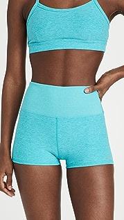 Alo Yoga Alosoft Aura 短裤