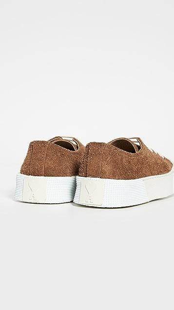 AMI Basket Low Top Sneakers