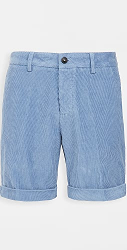 AMI - Roll Up Hem Shorts