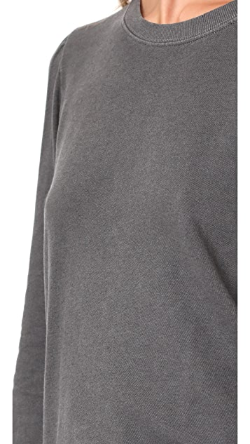 AMO Girlfriend Sweatshirt