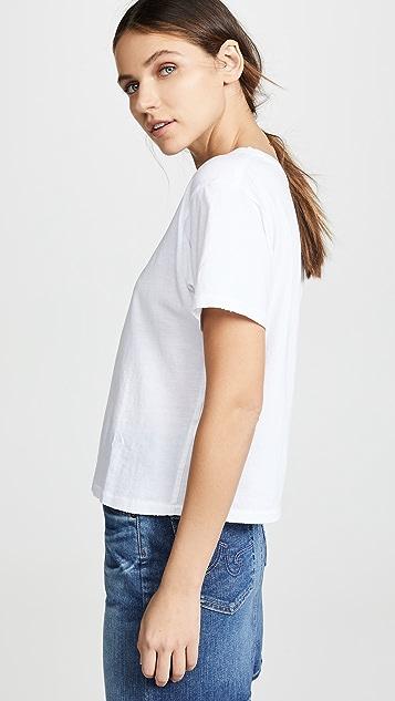 AMO 经典 T 恤