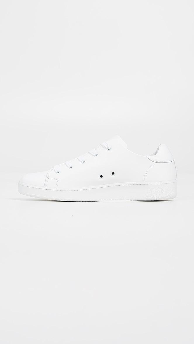 A.P.C. Minimal Sneakers | EAST DANE