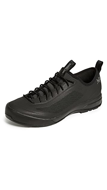 Arc'Teryx Acrux SL Approach Shoes