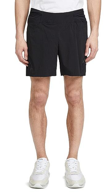 Arc'Teryx Motus 6 Inch Shorts