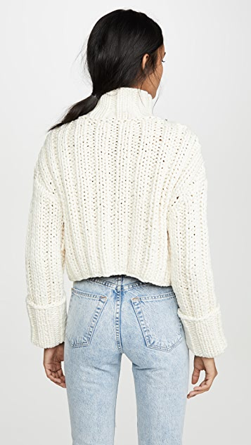 Area Cropped Cable Knit Sweater