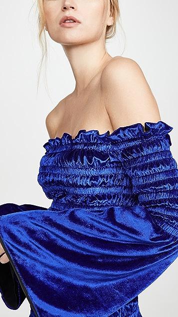 Area Струящееся бархатное платье со сборками