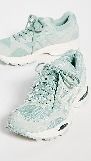Asics Gel MC-Sun Plus 运动鞋