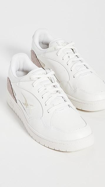 Asics Skycourt Sneakers