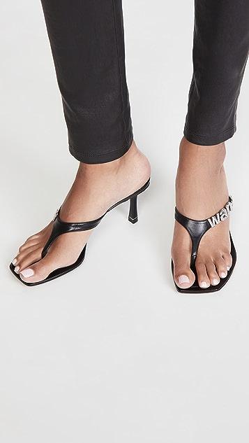 Alexander Wang Ivy 徽标夹趾凉鞋 85mm