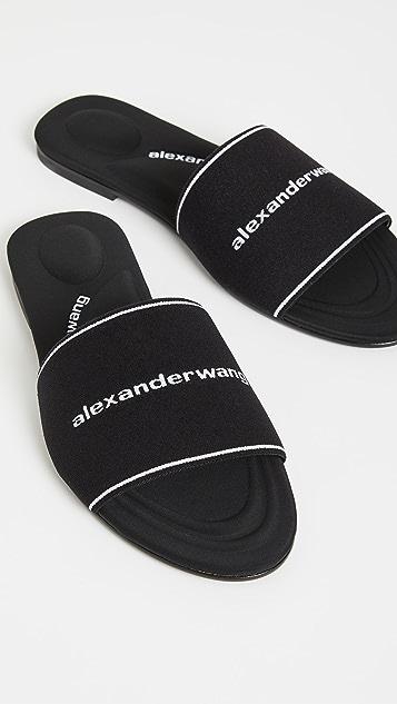 Alexander Wang Kyra Logo Slides