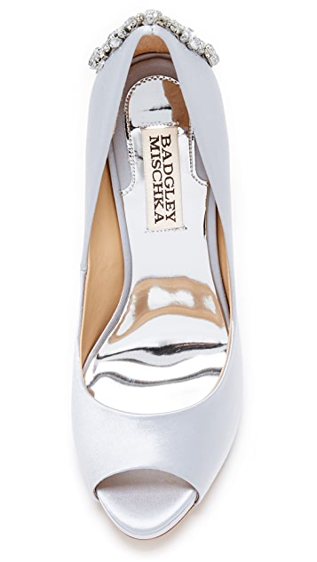 Badgley Mischka Kiara Pumps