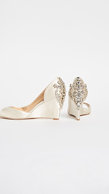 Badgley Mischka Meagan Wedge Pumps